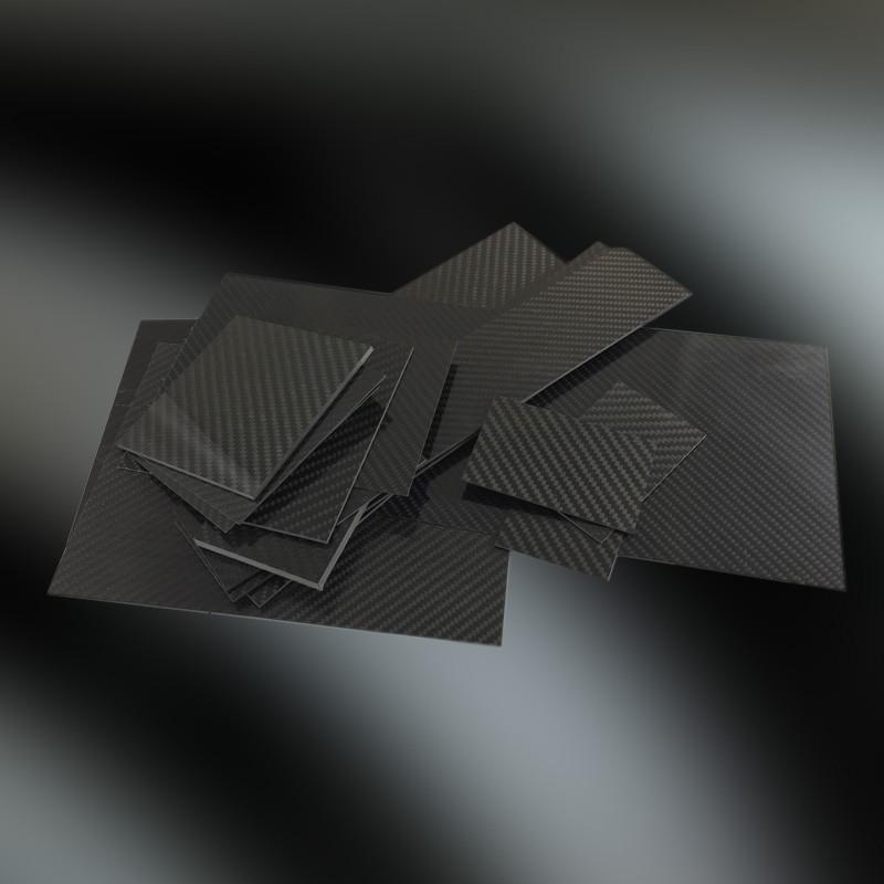 Carbon Platte seidenmatt individuelle Stärken und Maße Zuschnitt nach Vorgabe