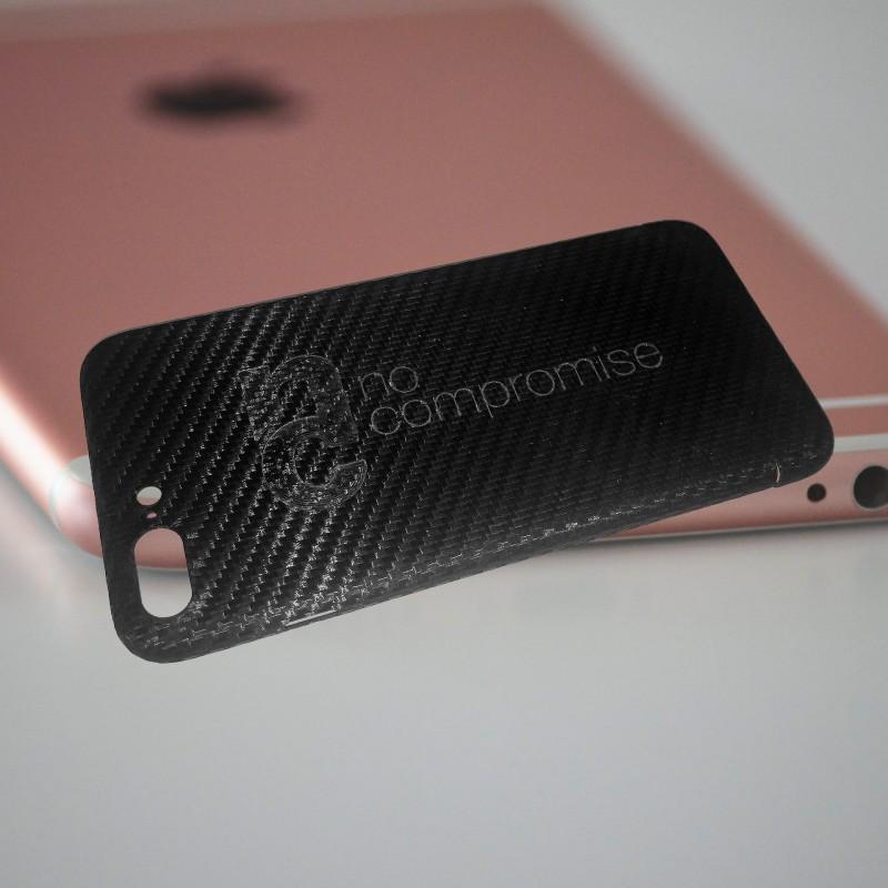 Echt Carbon iPhone Hülle mit gefrästem Logo
