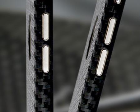 iPhone Cover aus echtem Carbon sende- und empfangsneutral passgenau CNC ausgeschnitten